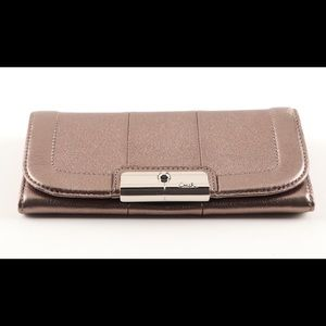☀️ Coach Leather Envelope Long Wallet